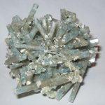 Akvamarin drágakő kristálycsoport