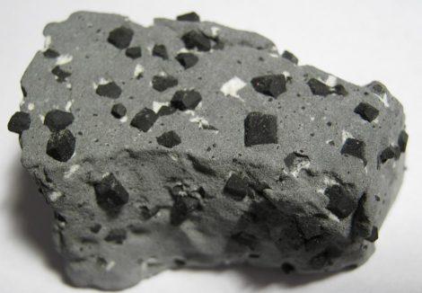 Ottrelite ottrelit kristal from Canada